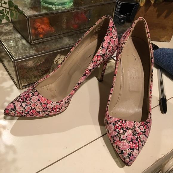 e8a0fb3d8d2 J. Crew Shoes - J.Crew Floral Heels size 5.5